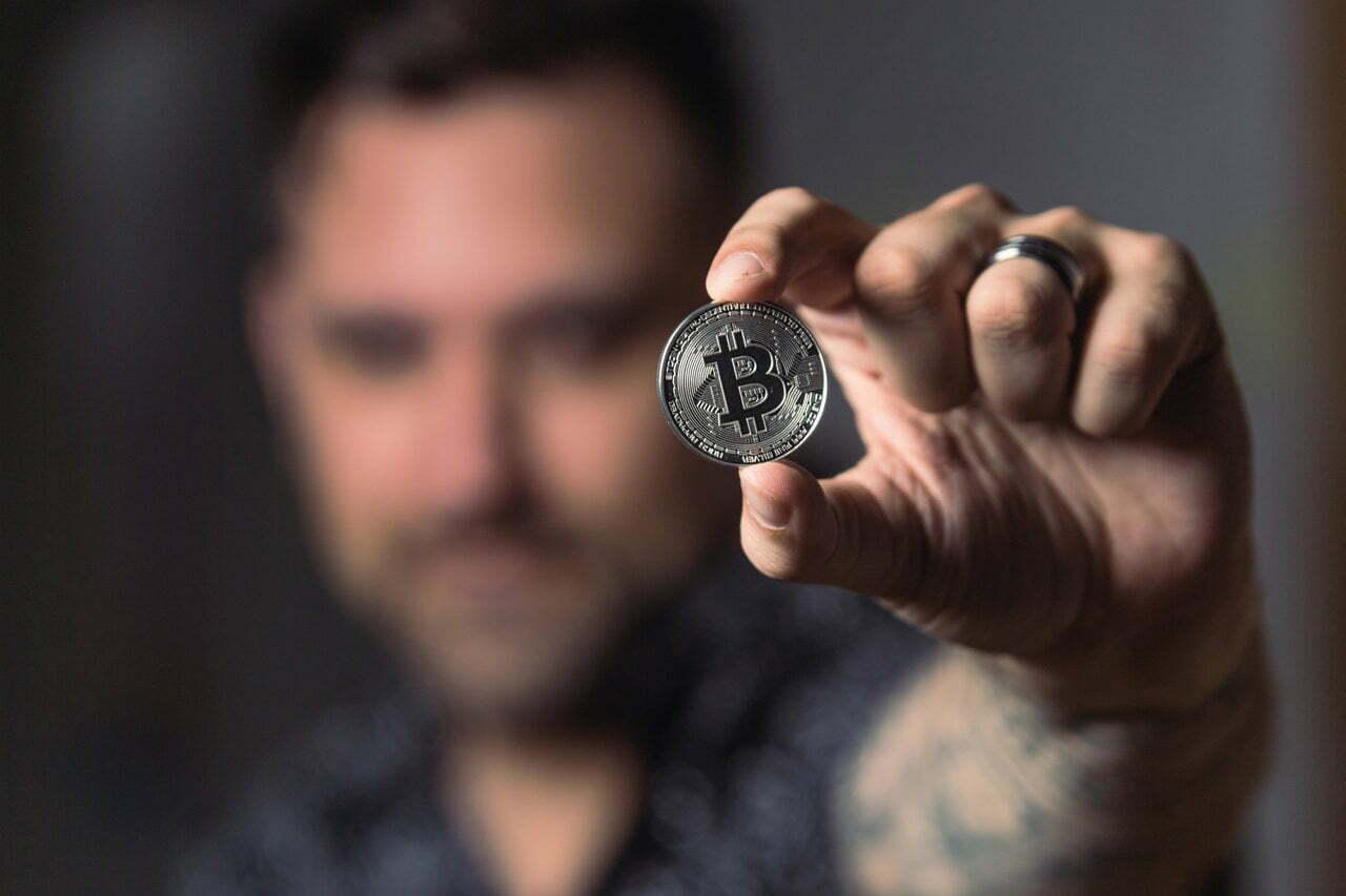 Best Ways to Make Money Online: Crypto Investing